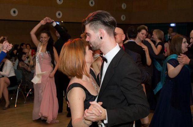 fotografie Maturitní ples čtvrtých ročníků