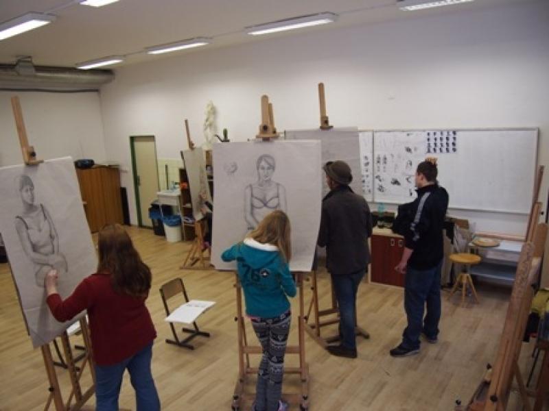 fotografie Ukázky z tvorby klauzurních prací v r. 2013 - 3. ročník oboru Grafický design