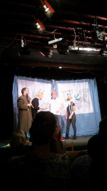 """fotografie Anglické představení v Divadle Reduta """"The Bear Educational Theatre"""""""