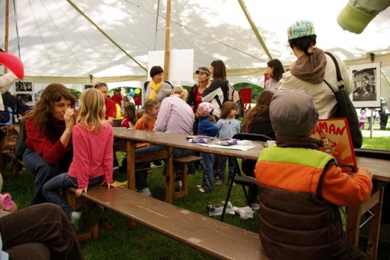 fotografie Běh Paraple 2009 - charitativní akce školy
