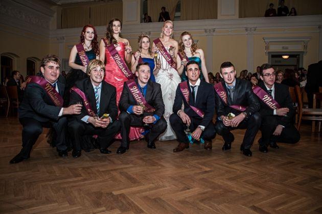fotografie Maturitní ples 4. ročníků 2014