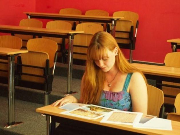 fotografie Ústní část maturitní zkoušky oboru 4.V 2014